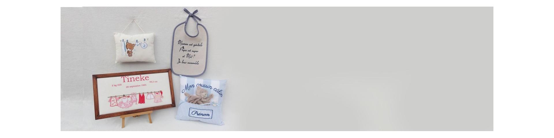 Bavoir brodé-achat chez Broderies & Co Suisse